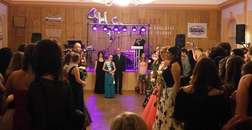 20748975c48e Maturitní ples 4HTS - ISŠ Moravská Třebová