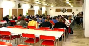 Provozní doba kanceláře školní jídelny o prázdninách
